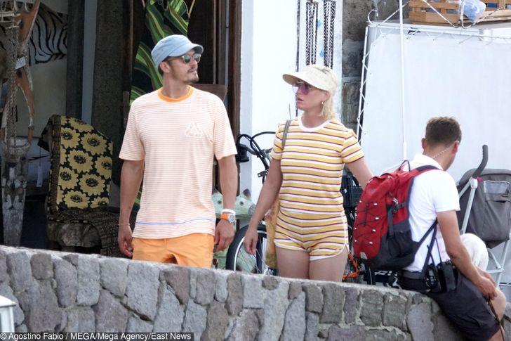 Conheça a singular história de amor de Katy Perry e Orlando Bloom, que estão esperando seu primeiro filho