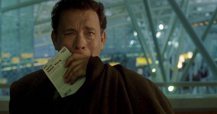 10 Pessoas que ficaram presas em um aeroporto por muito tempo (e algumas ainda vivem em um)