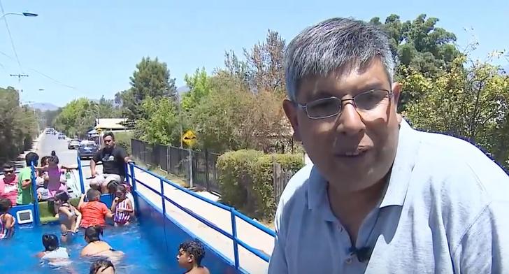 """Inspirado em episódio de """"Os Simpsons"""", empresário constrói uma piscina móvel e gratuita para a sua comunidade"""